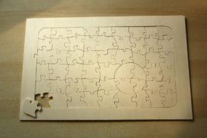 DIY Puzzle - ausgesägte Rohform